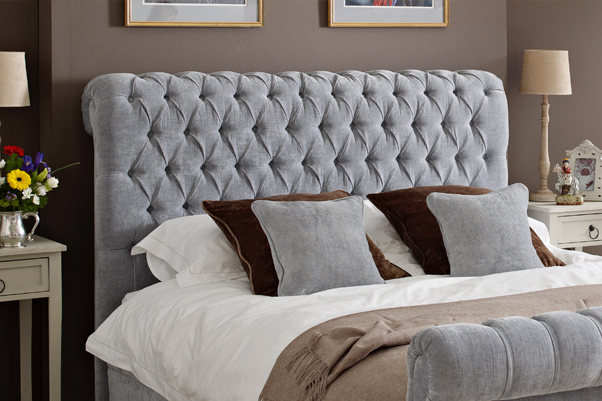 Iona Deep Buttoned Scroll Bed in House Chenille Sky in a Farrow & Ball London Clay painted room 2